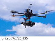 Летающая камера (2014 год). Редакционное фото, фотограф Казначеев Александр Юрьевич / Фотобанк Лори
