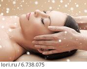 Купить «beautiful woman getting face or head massage», фото № 6738075, снято 12 января 2013 г. (c) Syda Productions / Фотобанк Лори