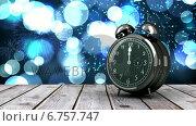 Купить «Alarm clock counting down to midnight for new year», видеоролик № 6757747, снято 18 октября 2018 г. (c) Wavebreak Media / Фотобанк Лори