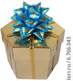 Золотистая коробочка для подарка. Стоковое фото, фотограф Марина Глянь / Фотобанк Лори