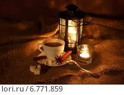 Купить «Вечерний натюрморт с фонарем», фото № 6771859, снято 7 декабря 2014 г. (c) Шуба Виктория / Фотобанк Лори