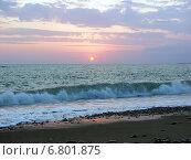 Купить «Багровый морской закат», фото № 6801875, снято 9 августа 2006 г. (c) Евгений Ткачёв / Фотобанк Лори