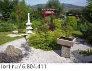 Купить «Японский садик в парке», фото № 6804411, снято 28 августа 2013 г. (c) Светлана Попова / Фотобанк Лори