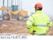 Купить «construction building foreman worker», фото № 6811451, снято 14 декабря 2014 г. (c) Дмитрий Калиновский / Фотобанк Лори