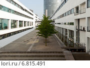 Bonn, Germany, the main radio station Deutsche Welle in Schuermann construction (2012 год). Редакционное фото, агентство Caro Photoagency / Фотобанк Лори
