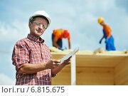 Купить «Construction builder worker at site», фото № 6815675, снято 23 августа 2013 г. (c) Дмитрий Калиновский / Фотобанк Лори