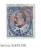 Купить «Почтовая марка Канады с портретом короля Эдуарда VII, 1902 год», иллюстрация № 6819159 (c) Евгений Ткачёв / Фотобанк Лори