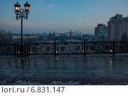 Вид на Кремль с Патриаршего моста (2014 год). Стоковое фото, фотограф Александр Маркин / Фотобанк Лори