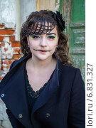 Купить «Девушка в костюме для Хеллоуина», фото № 6831327, снято 30 октября 2013 г. (c) Наталья Степченкова / Фотобанк Лори