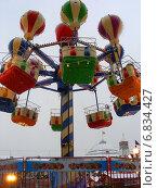 Купить «Детская карусель на Красной площади в Москве», эксклюзивное фото № 6834427, снято 12 декабря 2014 г. (c) lana1501 / Фотобанк Лори