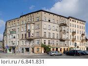 Wroclaw (Breslau), Poland, Gruen currently building on Plac Bema (2010 год). Редакционное фото, агентство Caro Photoagency / Фотобанк Лори