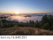 Рассвет над рекой. Стоковое фото, фотограф Андрей Соколов / Фотобанк Лори