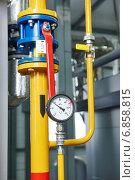 Купить «gas heating system boiler room equipments», фото № 6858815, снято 8 декабря 2014 г. (c) Дмитрий Калиновский / Фотобанк Лори