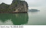 Купить «Залив Хайлун, Китай, таймлапс», видеоролик № 6864643, снято 8 апреля 2014 г. (c) Кирилл Трифонов / Фотобанк Лори