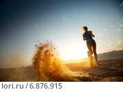 Купить «Утренняя пробежка по пустыне», фото № 6876915, снято 6 октября 2014 г. (c) Михаил Дударев / Фотобанк Лори
