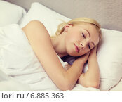 Купить «beautiful woman sleeping in bed», фото № 6885363, снято 23 ноября 2013 г. (c) Syda Productions / Фотобанк Лори