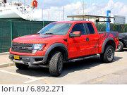Купить «Ford F150 Raptor», фото № 6892271, снято 3 августа 2014 г. (c) Art Konovalov / Фотобанк Лори