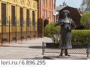 Купить «Памятник актрисе Фаине Раневской в Таганроге», фото № 6896295, снято 19 апреля 2014 г. (c) Борис Панасюк / Фотобанк Лори