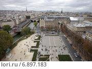 Купить «Париж», фото № 6897183, снято 10 октября 2011 г. (c) Яна Королёва / Фотобанк Лори