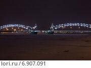 Большеохтинский мост. Санкт-Петербург. (2015 год). Редакционное фото, фотограф Геннадий Машанин / Фотобанк Лори