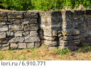 Купить «Генуэзская стена в Азове», фото № 6910771, снято 10 июня 2014 г. (c) Борис Панасюк / Фотобанк Лори