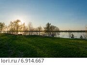 Купить «Река Ока. Закат.», фото № 6914667, снято 28 мая 2018 г. (c) Лошкарев Антон / Фотобанк Лори