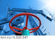 Купить «Нефтяной вентиль», фото № 6920547, снято 27 сентября 2014 г. (c) Икан Леонид / Фотобанк Лори