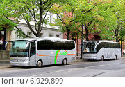 Купить «Mercedes-Benz O510 Tourino and Mercedes-Benz O350-15RHD Tourismo», фото № 6929899, снято 16 августа 2014 г. (c) Art Konovalov / Фотобанк Лори