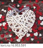 Купить «День Святого Валентина, фон с сердечками», фото № 6953591, снято 18 октября 2019 г. (c) Laimdota Grivane / Фотобанк Лори