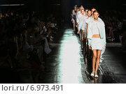 Купить «NEW YORK, NY - SEPTEMBER 06: Models walk the runway finale at the Prabal Gurung fashion show during Mercedes-Benz Fashion Week Spring 2015 on September 6, 2014 in New York City.», фото № 6973491, снято 6 сентября 2014 г. (c) Anton Oparin / Фотобанк Лори