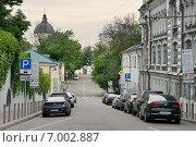 Купить «Хохловский переулок, город Москва», эксклюзивное фото № 7002887, снято 1 июня 2014 г. (c) Dmitry29 / Фотобанк Лори