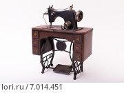 Модель швейной машинки. Стоковое фото, фотограф Альберт Васильев / Фотобанк Лори