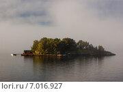 Остров в Балтийском море недалеко от берегов Швеции (2010 год). Стоковое фото, фотограф Roman Vukolov / Фотобанк Лори