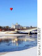 Купить «Новгородский кремль в зимний солнечный день», фото № 7038607, снято 16 февраля 2015 г. (c) Зезелина Марина / Фотобанк Лори