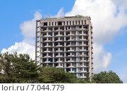 Купить «Недостроенный заброшенный отель. Кобулети. Грузия», фото № 7044779, снято 7 июля 2013 г. (c) Евгений Ткачёв / Фотобанк Лори
