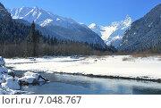 Купить «Солнечный день в горах Кавказа зимой», фото № 7048767, снято 19 февраля 2015 г. (c) александр жарников / Фотобанк Лори