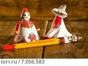 Купить «Куклы в чувашских национальных костюмах. Сувениры из Чувашии, Россия», фото № 7056583, снято 18 февраля 2015 г. (c) Papoyan Irina / Фотобанк Лори