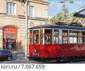 Старый трамвай в Петербурге, маршрут 8. Редакционное фото, фотограф Vladimir Sviridenko / Фотобанк Лори