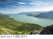 Купить «Ловозёрские тундры. Вид со скалы на озеро Сейдозеро.», фото № 7082811, снято 24 февраля 2020 г. (c) Иван Аборнев / Фотобанк Лори