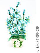 Цветы из бисера. Стоковое фото, фотограф Вячеслав Волков / Фотобанк Лори
