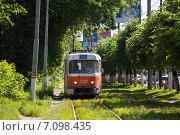Купить «Старый трамвай в Твери», фото № 7098435, снято 18 июня 2012 г. (c) Георгий Султанов / Фотобанк Лори