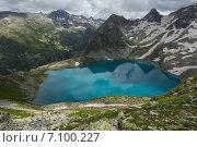 Озеро в горах Тебердинского заповедника. Стоковое фото, фотограф Алексей Бок / Фотобанк Лори