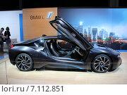 Купить «BMW i на Московском автосалоне», фото № 7112851, снято 3 сентября 2014 г. (c) Владимир Тучин / Фотобанк Лори