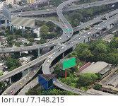Купить «Многоуровневые транспортные развязки, Бангкок», фото № 7148215, снято 19 февраля 2015 г. (c) Александр Романов / Фотобанк Лори