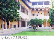Купить «cloister of Pedralbes Monastery», фото № 7158423, снято 26 мая 2018 г. (c) Яков Филимонов / Фотобанк Лори