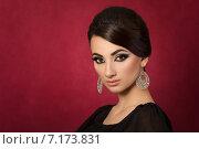 Купить «Красивая восточная женщина с вечерним макияжем», фото № 7173831, снято 17 июня 2019 г. (c) Людмила Дутко / Фотобанк Лори
