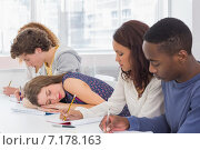 Купить «Student dozing during a class», фото № 7178163, снято 28 сентября 2014 г. (c) Wavebreak Media / Фотобанк Лори