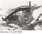Купить «Разрушенный дом после землетрясения, 1988 год», эксклюзивное фото № 7237003, снято 8 декабря 1988 г. (c) Emelinna / Фотобанк Лори