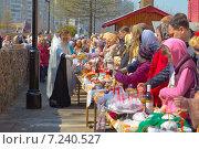 Освящение пасхальных даров (2014 год). Редакционное фото, фотограф Ермолаева Дина / Фотобанк Лори