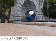 Зеркальный шар (2012 год). Редакционное фото, фотограф Евгений Рыжков / Фотобанк Лори